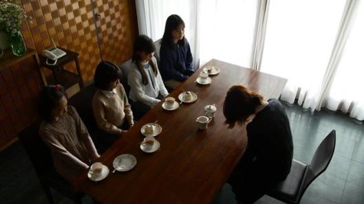 shiniori-raws-shokuzai-01-bd-1280x720-x264-aac.mp4_snapshot_00.09.04_2013.05.17_22.44.55_thumb