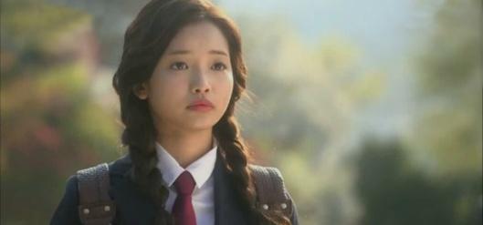 est Yoona toujours datant Lee Seung GI